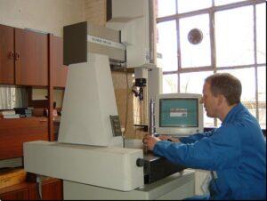 MITUTOYO-3D-Messmaschine EURO-M 544